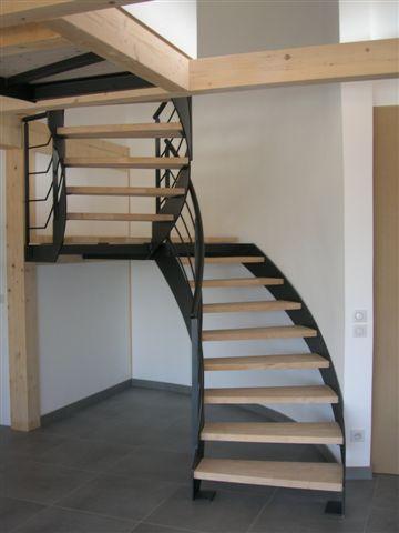 Escalier acier marches bois annecy