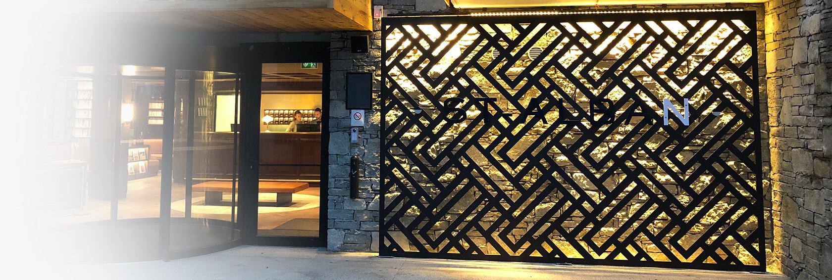 Cometho metallerie thones for Porte de garage sectionnelle avec serrurerie metallerie